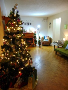 tree and living room