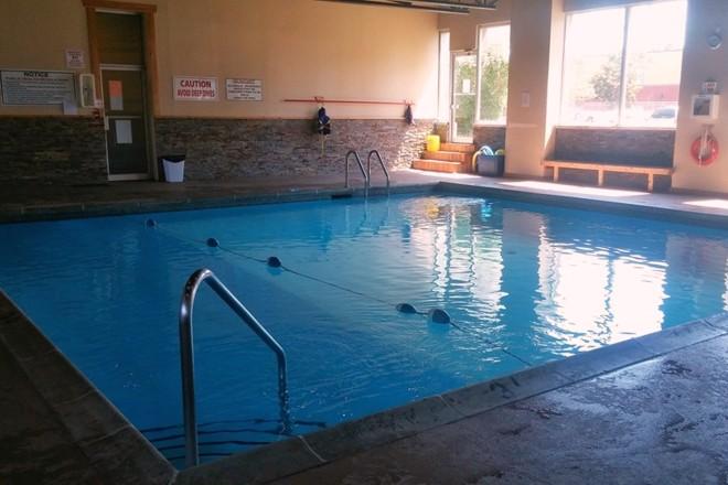 1221 pool